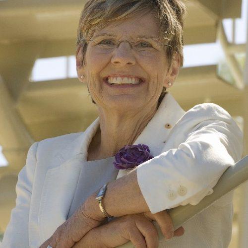 Professor Lyn Beazley DNA Tower HD sept